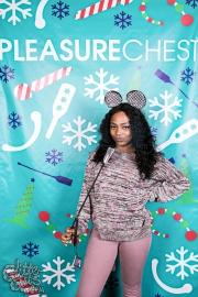 pleasurechest-4493