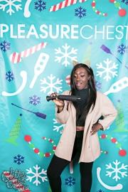 pleasurechest-4504