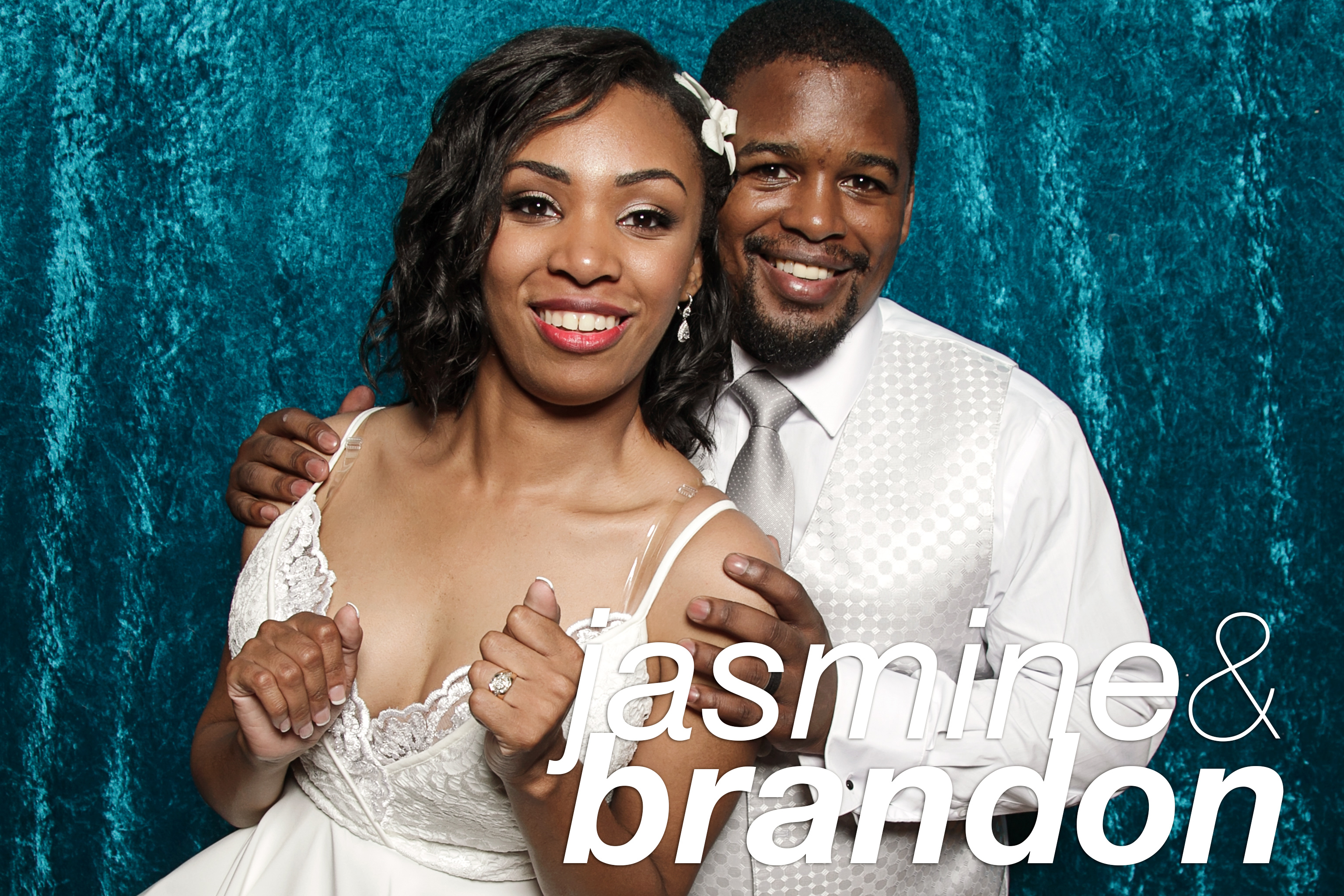 photo booth portraits from Brandon and Jasmine's wedding at the sheridan shore yacht club, august 2016