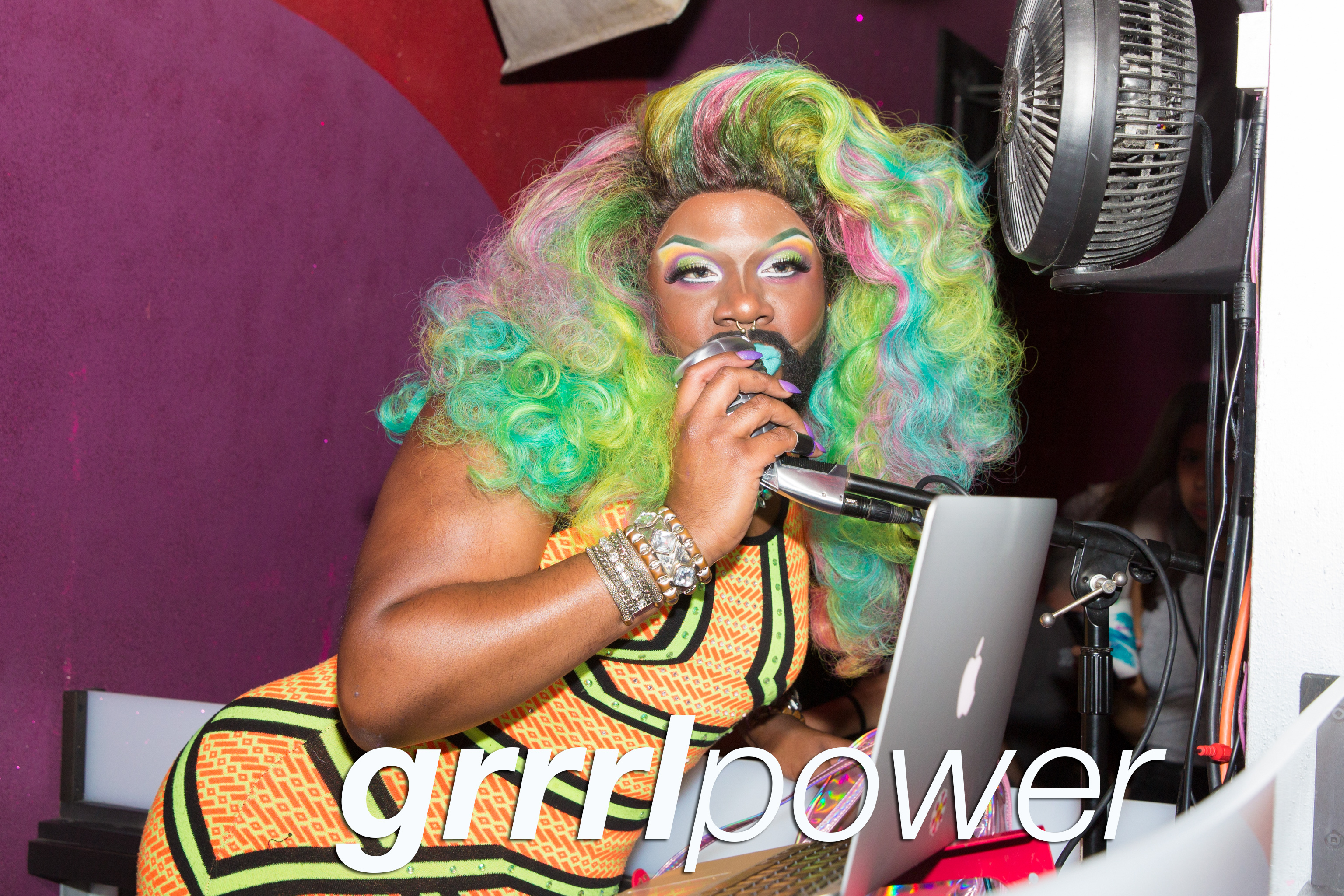 grrrl power at beauty bar chicago, august 2017