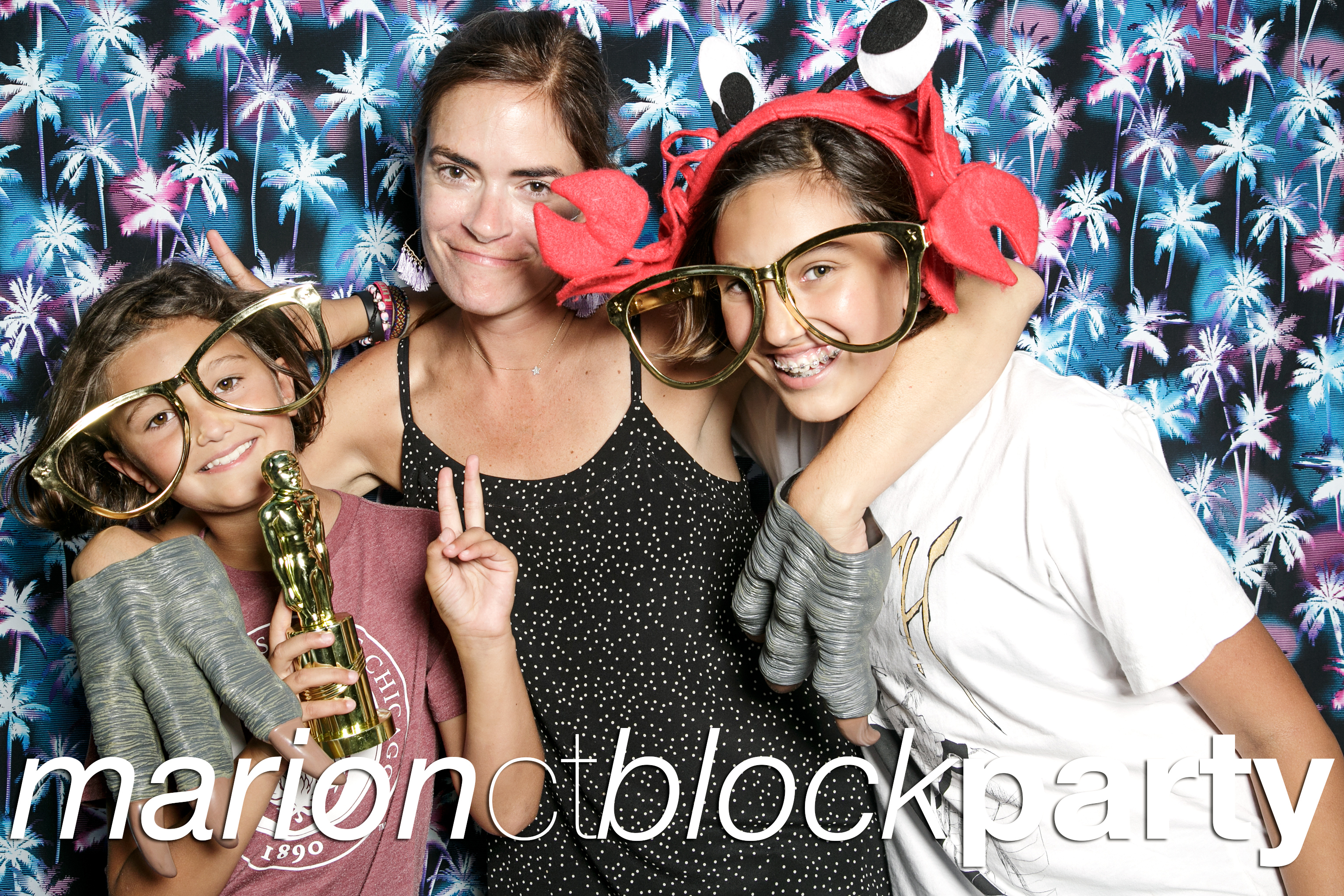 glitterguts portrait booth photos from the marion ct block party, chicago 2018
